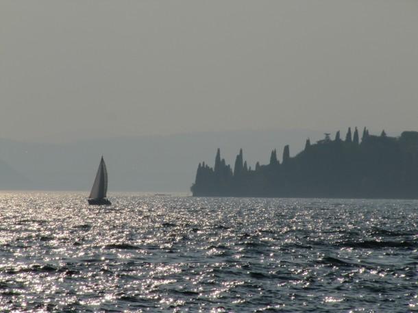 Het stadje Garda aan het Gardameer