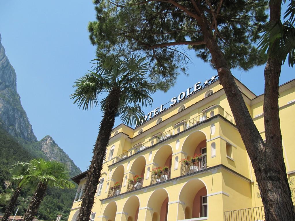 Op zoek naar een hotel aan het Gardameer?