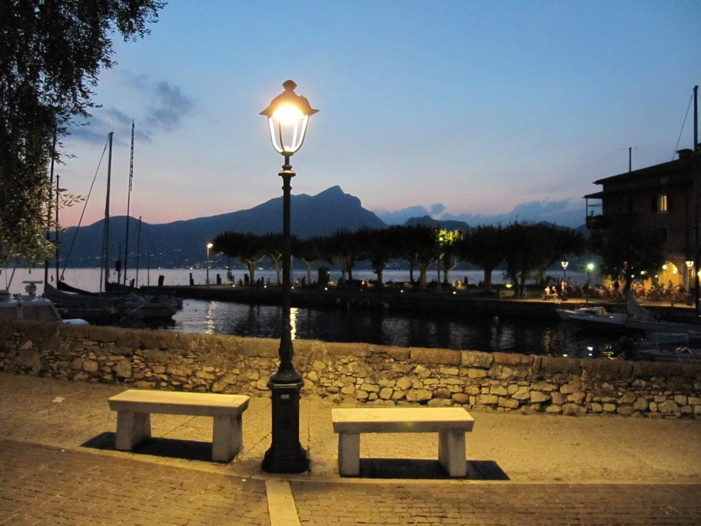 Een heerlijke zomeravond in het romantische Torri del Benaco