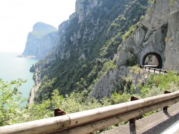 Een heerlijke route voor wie graag met de auto, motor of vespa rijdt