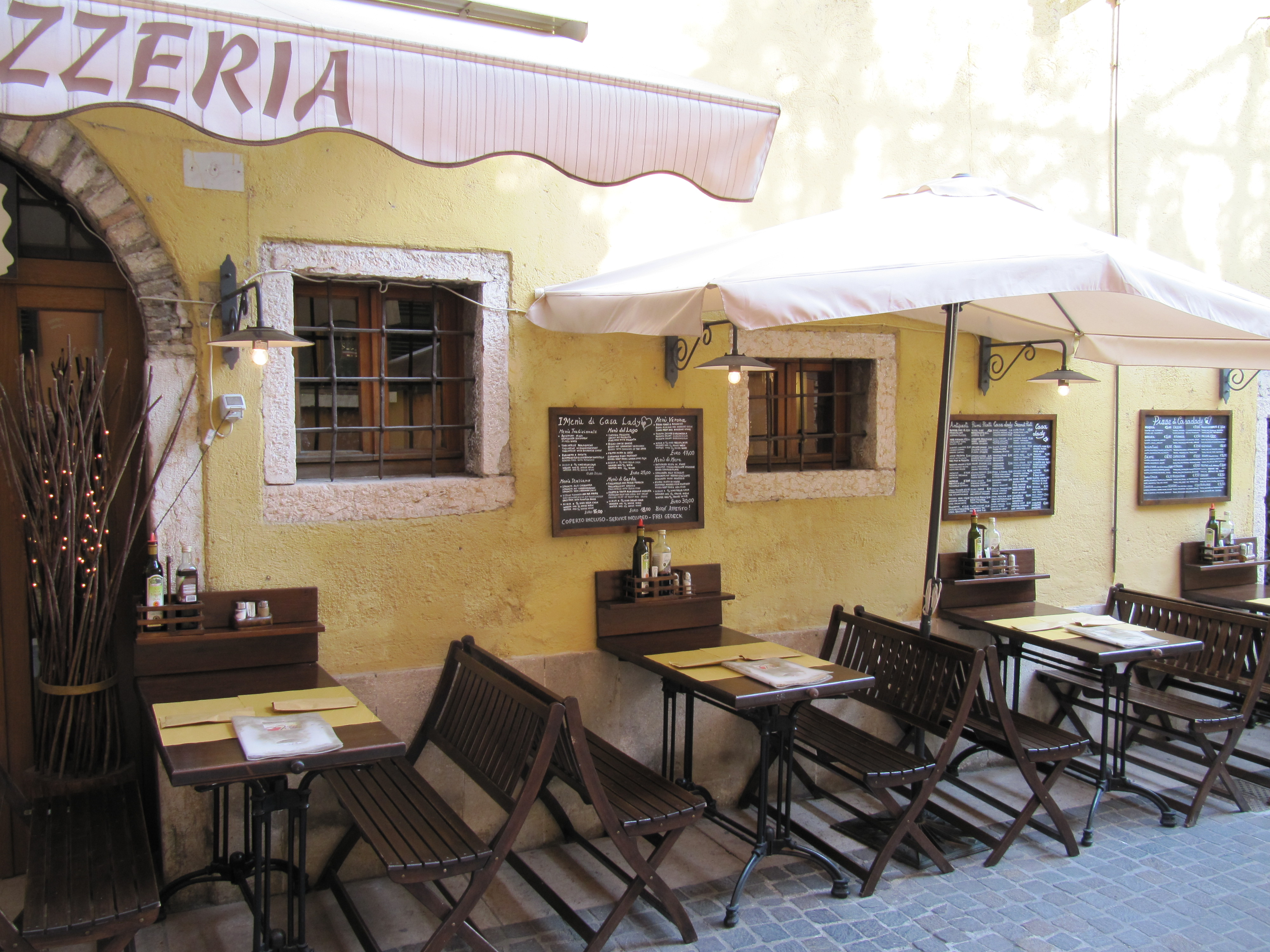 Garda restaurant