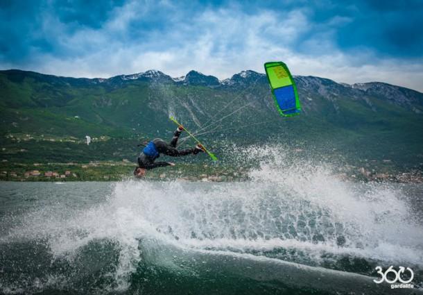 © Angela_Trawoeger - Kitesurfing - 360gardalife