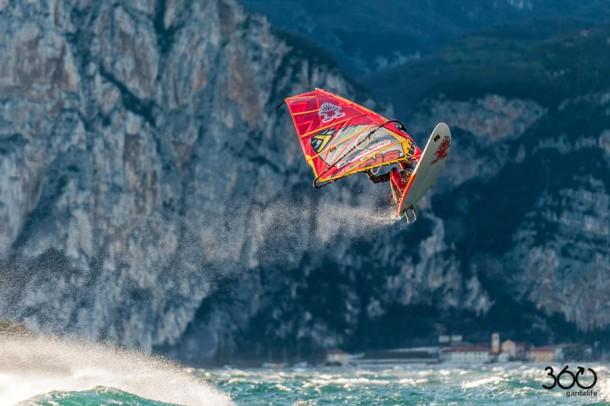 © Angela_Trawoeger - Windsurfing - 360gardalife