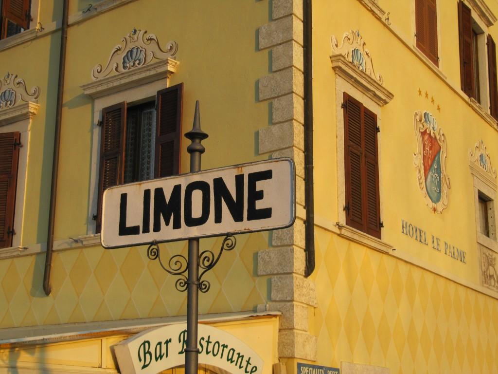 Het stadje Limone sul Garda