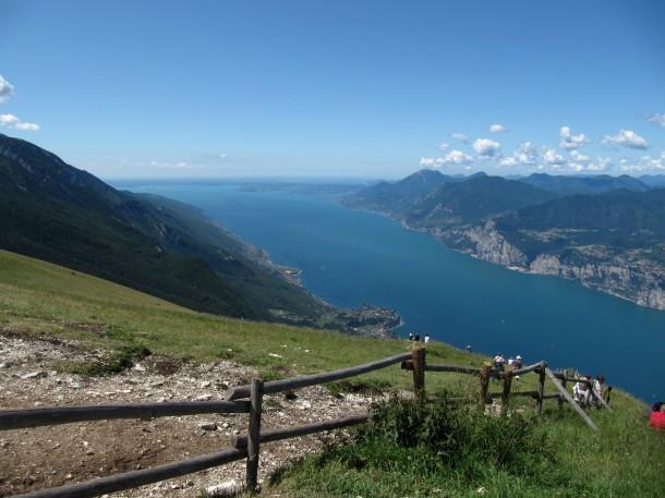 Een betoverend uitzicht vanaf de Monte Baldo
