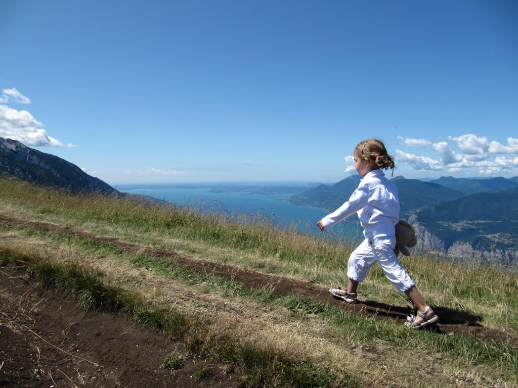 Op de Monte Baldo kan je prachtige wandelingen maken met het Gardameer op de achtergrond...