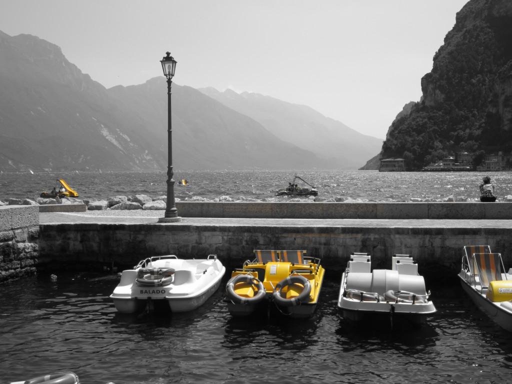Pedalo's te huur in Riva del Garda