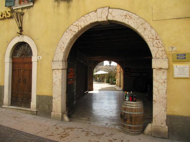 Wijn proeven aan het Gardameer