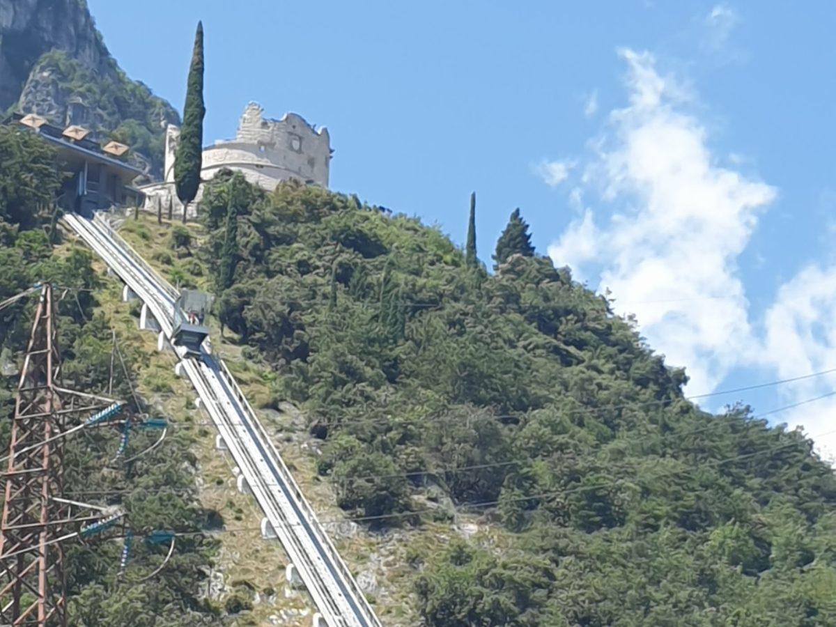 Glazen lift in Riva del Garda
