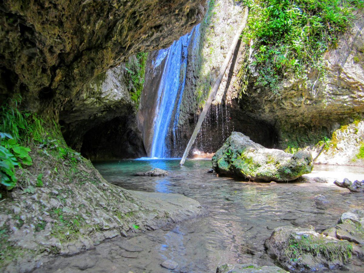 Parco-delle-cascate-di-Molina-watervallen-park-aan-het-Gardameer